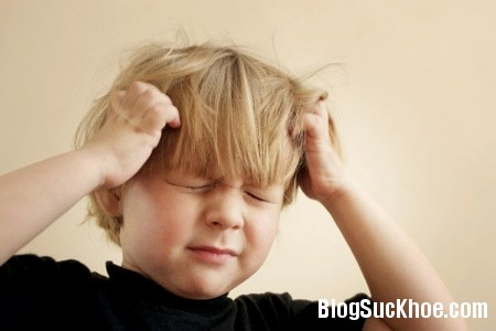 dau dau Lưu ý khi trẻ bị đau đầu