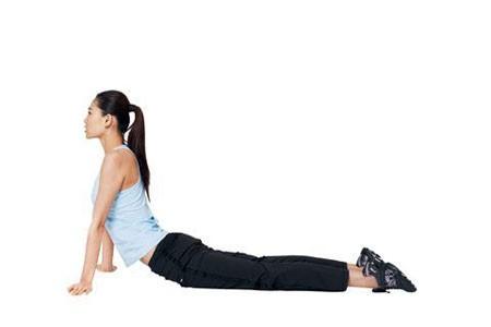yoga2 Tư thế yoga giúp ích cho chuyện ấy