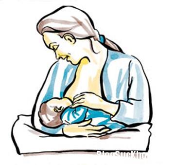 me2 5 tư thế cho bé bú giúp mẹ thoải mái