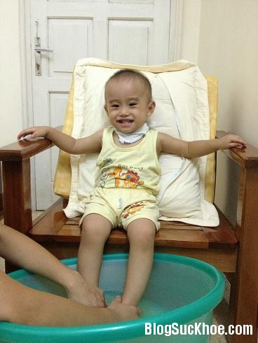 ngam chan Trị ho cho bé bằng phương pháp ngâm chân
