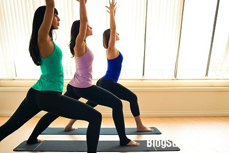 yoga4 5 tư thế yoga để có vóc dáng gọn gàng