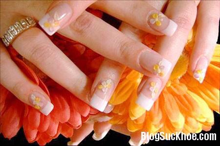a311 Cách chăm sóc móng tay sau khi làm nail