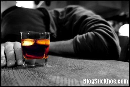ruou1 Nguy cơ ung thư gan nếu uống nhiều rượu