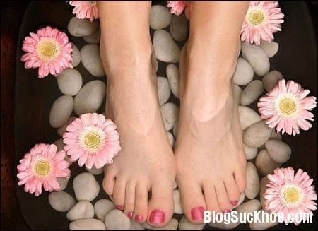 a71 Những cách đơn giản giúp giảm đau chân vào mỗi sáng