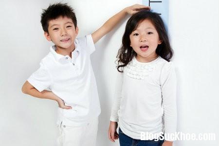 cao 5 yếu tố tăng chiều cao cho bé