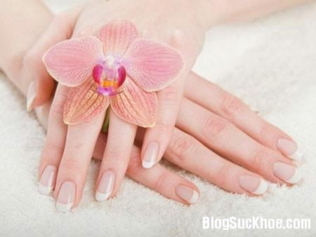 a15 Làm gì để đôi tay bạn luôn mền mại?