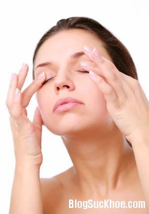 mat2 Thao tác đơn giản trị nhức mỏi mắt