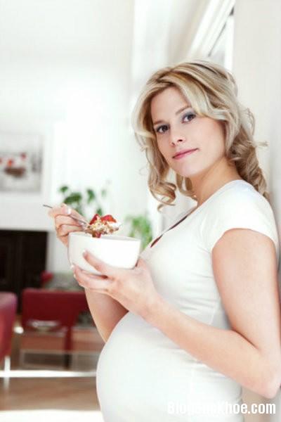 an4 Những thói quen khiến mẹ bầu béo phì