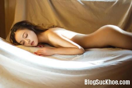 ngu8 Top 5 lý do ngủ nude tốt cho sức khỏe