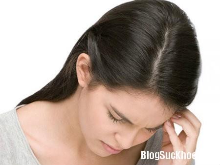 dau dau Nguyên nhân và các triệu chứng xuất huyết não