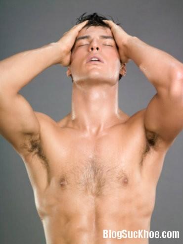 nam13 Các yếu tố gây vô sinh ở nam giới
