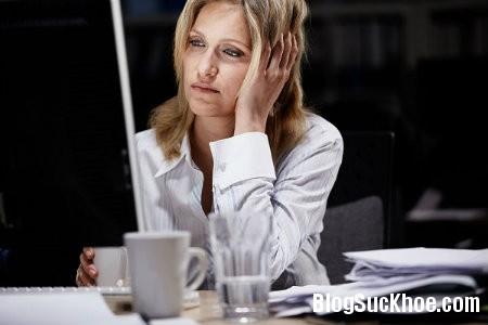 thuc khuya Những thói quen xấu có thể gây vô sinh cho phụ nữ
