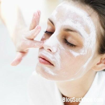 sua Những lợi ích khi rửa mặt bằng sữa tươi