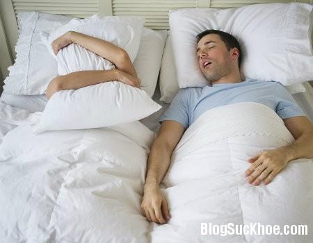 ngu Ngáy ngủ: Dấu hiệu không thỏa mãn về sex