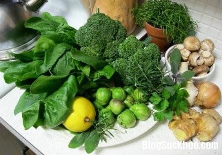rau1 Thực phẩm giúp ngăn ngừa khuyết tật thai nhi