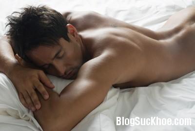 153 Ích lợi khi nam giới ngủ nude