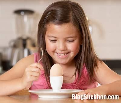 1505 Một số điều cần chú ý khi cho trẻ ăn trứng mỗi ngày
