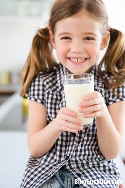 1276 Lưu ý khi chọn sữa tươi cho con