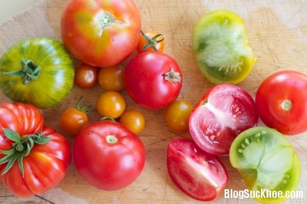 1378 Một số bệnh kiêng ăn cà chua
