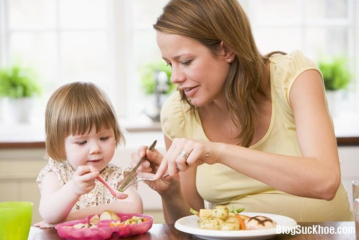 114 Mẹo nhỏ giúp trẻ hết biếng ăn