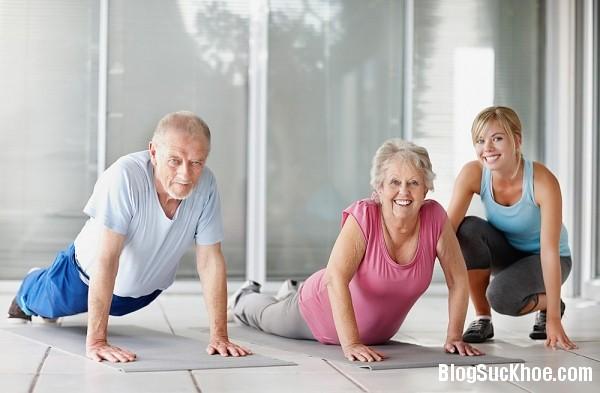 139 Người cao tuổi nên vận động như thế nào?