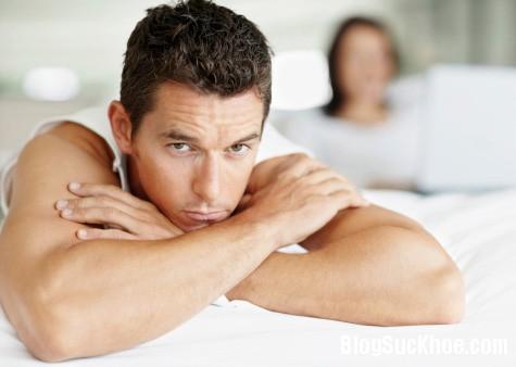 Những bệnh về tinh dịch có thể khiến nam giới lãnh cảm, vô sinh