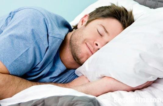 1322 Nam giới nên làm gì để có một giấc ngủ tốt?