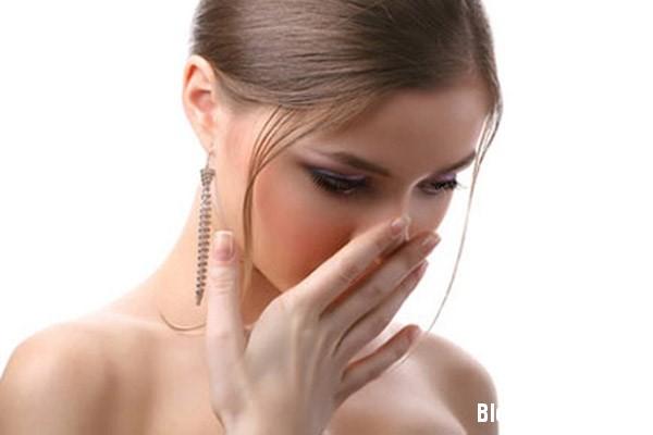 1329 5 bệnh thường gặp khiến bạn đỏ mặt