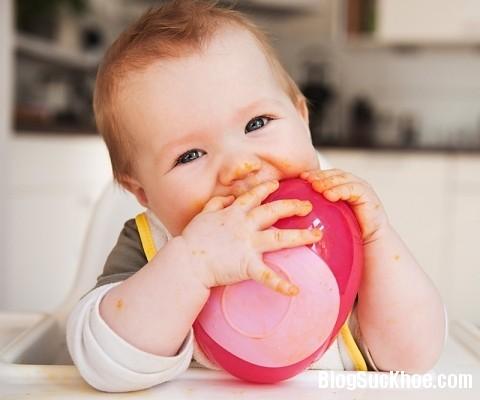 38 Bữa ăn hợp lý trong ngày cho trẻ ăn dặm