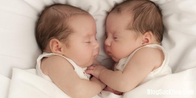 1198 Nuôi con sinh đôi bằng sữa mẹ