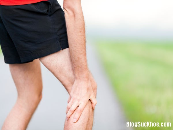 1317 Nguyên nhân gây đau chân vào mùa đông