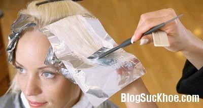 Những nguy hại cho sức khỏe từ việc nhuộm tóc