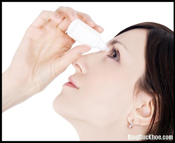 1333 Sai lầm chết người khi dùng thuốc nhỏ mắt nhiều người mắc