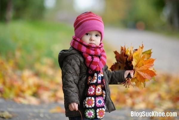 23 Những điểm lưu ý khi chăm sóc trẻ vào mùa lạnh