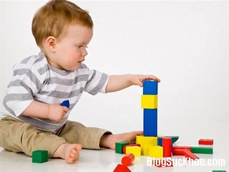 168 Chăm sóc trẻ đúng cách để trẻ có IQ cao