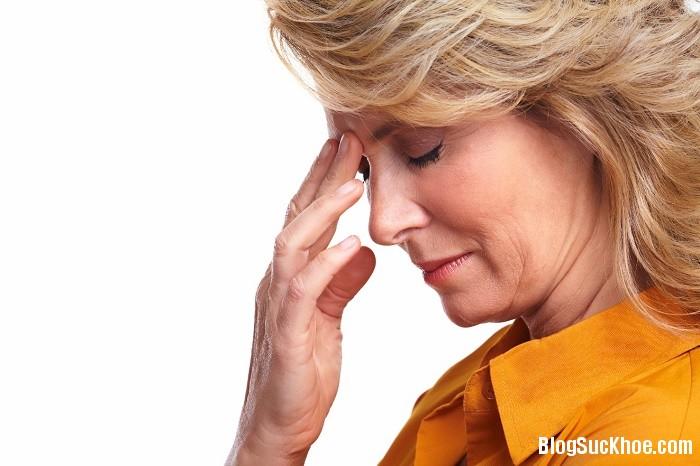 1134 Nguyên nhân và cách giải quyết các cơn chóng mặt thời kỳ mãn kinh