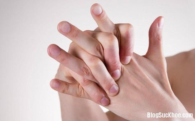 1268 Đau đầu ngón tay cảnh báo nhiều bệnh nguy hiểm