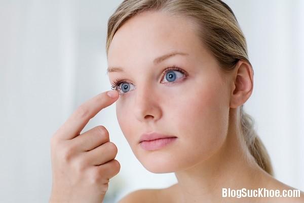 1264 Một số tác hại có thể xảy ra khi đeo kính áp tròng