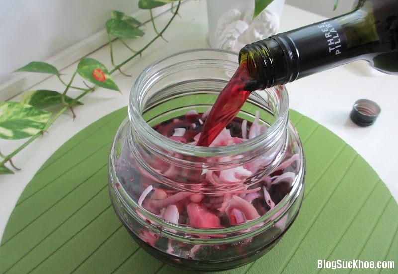 1422 Người Nhật chữa bệnh phổ biến bằng rượu hành tây