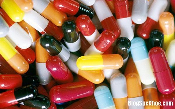 1 199 Tác hại của sử dụng kháng sinh bừa bãi