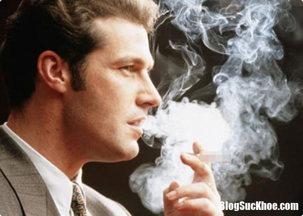 khoi thuoc la 1 Rùng mình trước tác hại khôn cùng của khói thuốc lá mà nhiều người vẫn làm ngơ