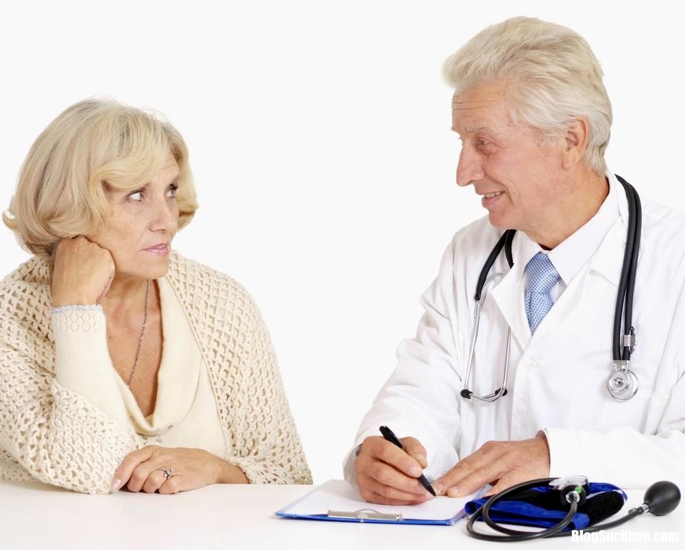 benh nguoi cao tuoi Hiểu thêm về bệnh tiêu hóa ở người già
