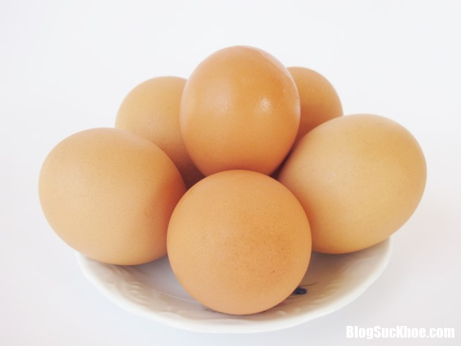 trung 1493799355 Người nào nên hạn chế ăn trứng ?