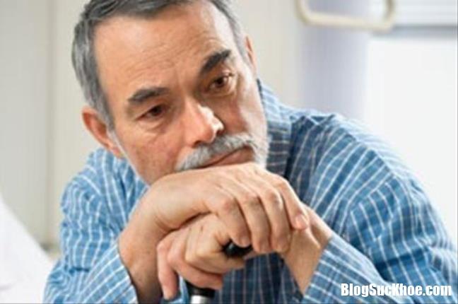 giai dap thac mac benh alzheimer la gi 231035889 Bệnh Alzheimer là gì, triệu chứng của bệnh Alzheimer ?