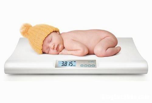 tre 3 Dấu hiệu nhận biết trẻ suy dinh dưỡng cha mẹ cần đặc biệt chú ý