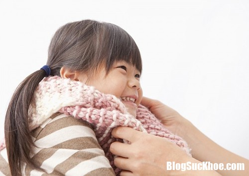 112920 mac am cho tre Cách phân biệt cảm lạnh và cảm cúm