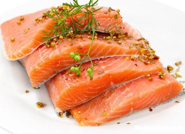 thuc pham cho benh tieu duong 4 Người bệnh tiểu đường tuýp 2 nên thường xuyên ăn cá để giảm đau tim