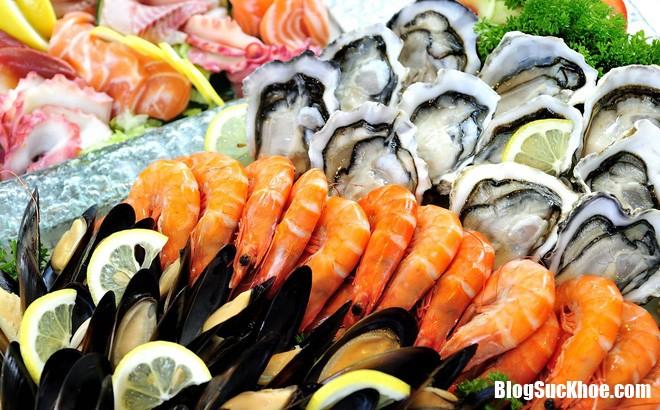 h 1502875846287 0 0 993 1600 crop 1502875850513 Những thực phẩm không nên ăn cùng với hải sản