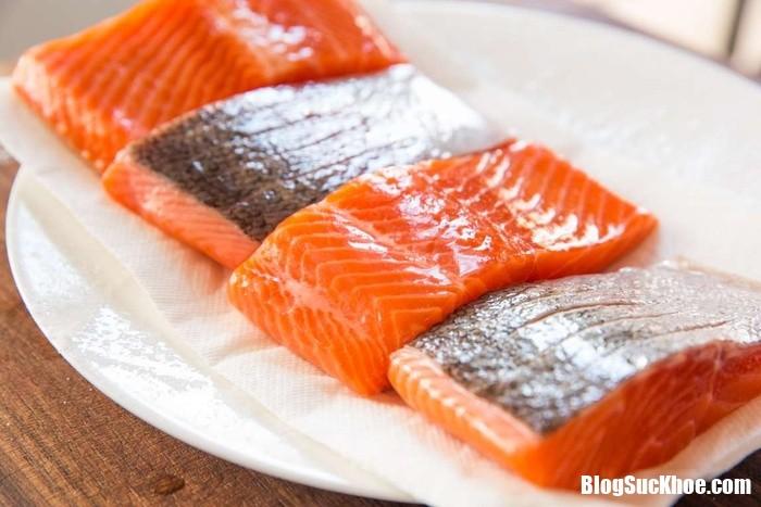 sv salmon mk39397 221952008 Những thực phẩm giúp bệnh nhân tiểu đường không lo bị tăng đường huyết