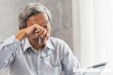 1 tbwt Người lớn tuổi tiểu đêm nhiều lần: Nguyên nhân từ đâu và chữa trị thế nào?